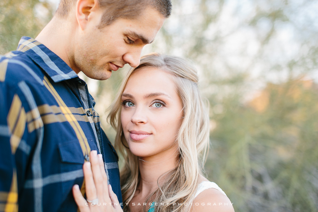 Hayley Amp Cory S Scottsdale Baseball Engagement Session